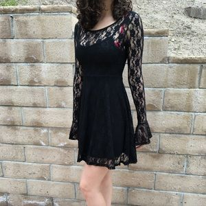 NWOT Windsor Black Lace Dress